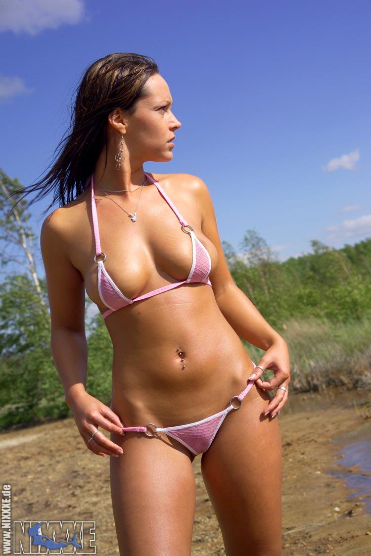 hochet-bikini-foto-mini-bez-seks-orgazm